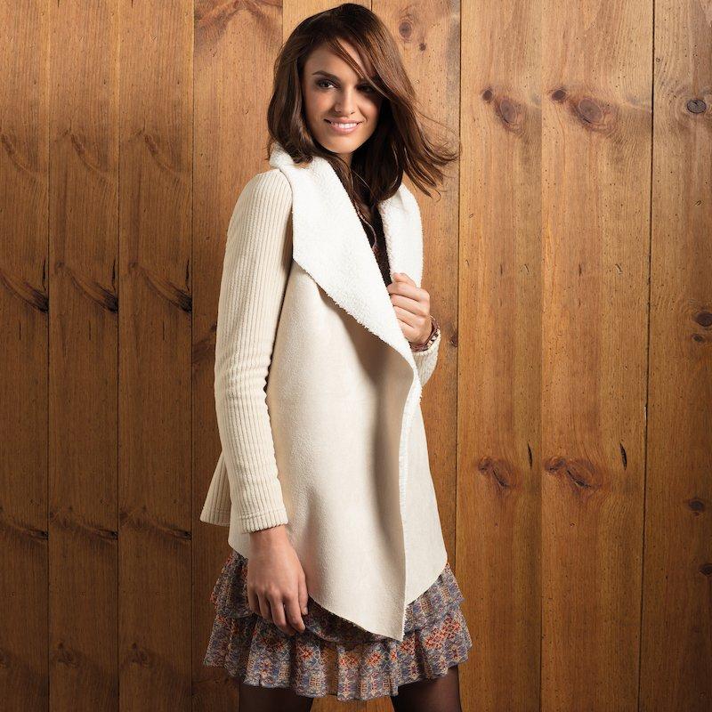 Chaqueta tricot mujer con solapas de borreguito