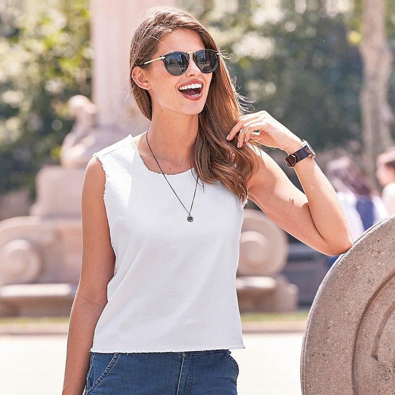 Blusa top mujer sin mangas con detalles deshilachados