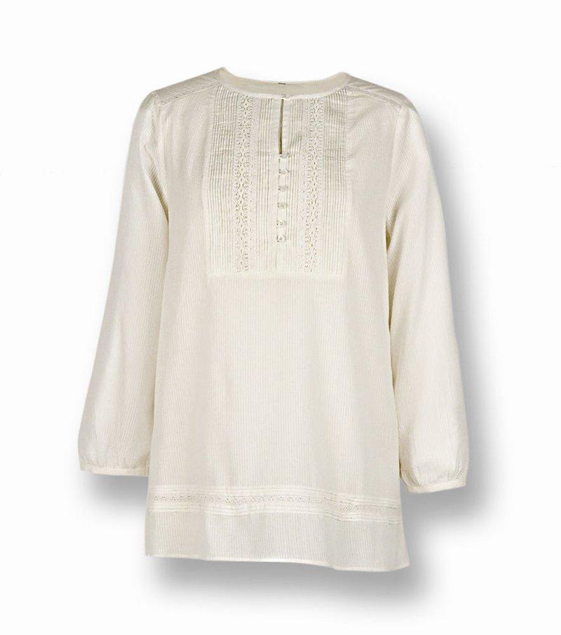 Blusa camisa con jaretas y encaje de manga 3/4