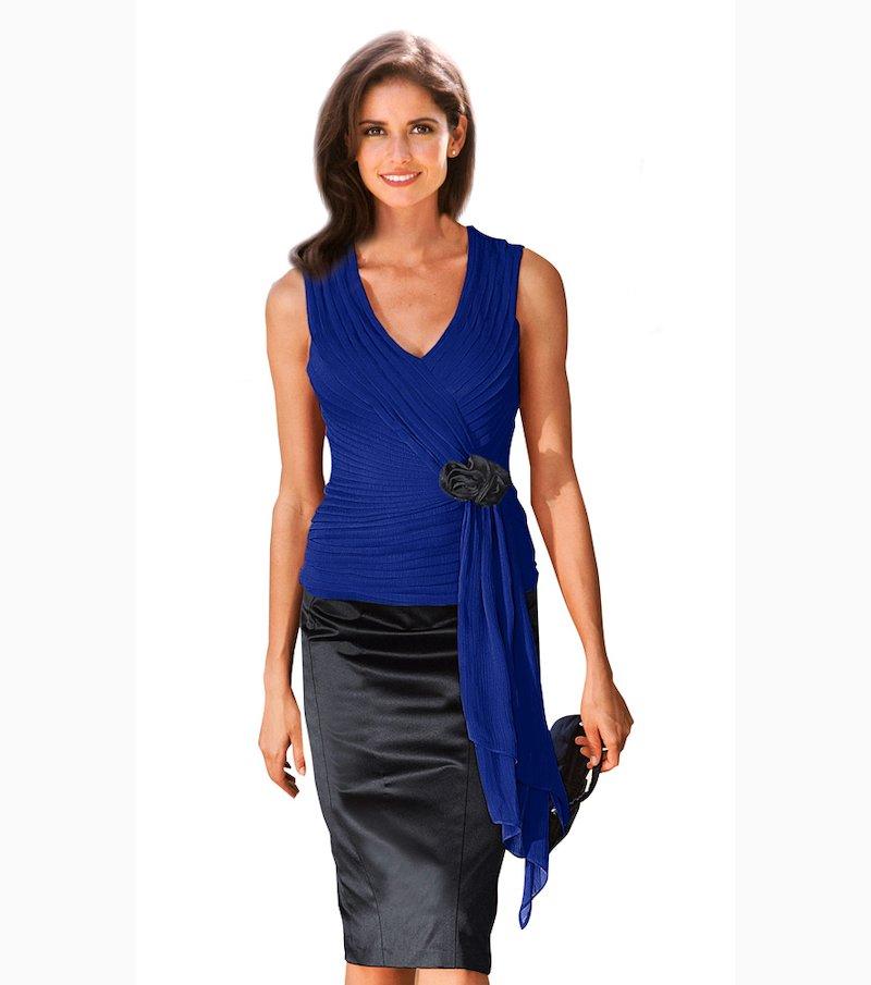Blusa de fiesta sin mangas plisada con flor - Azul