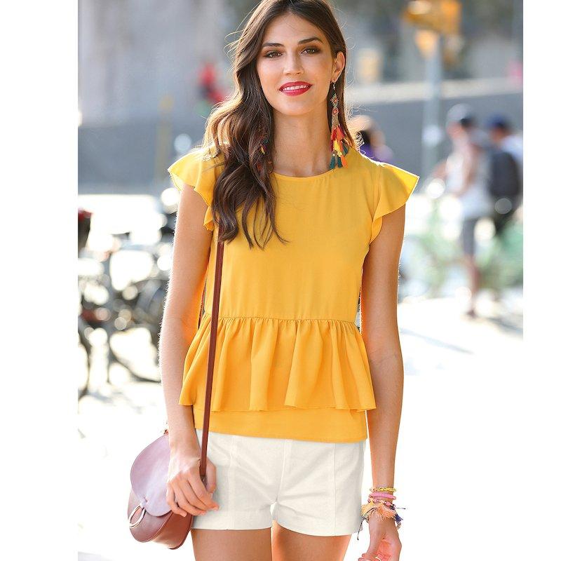 Blusa de mujer con mini manga y volantes
