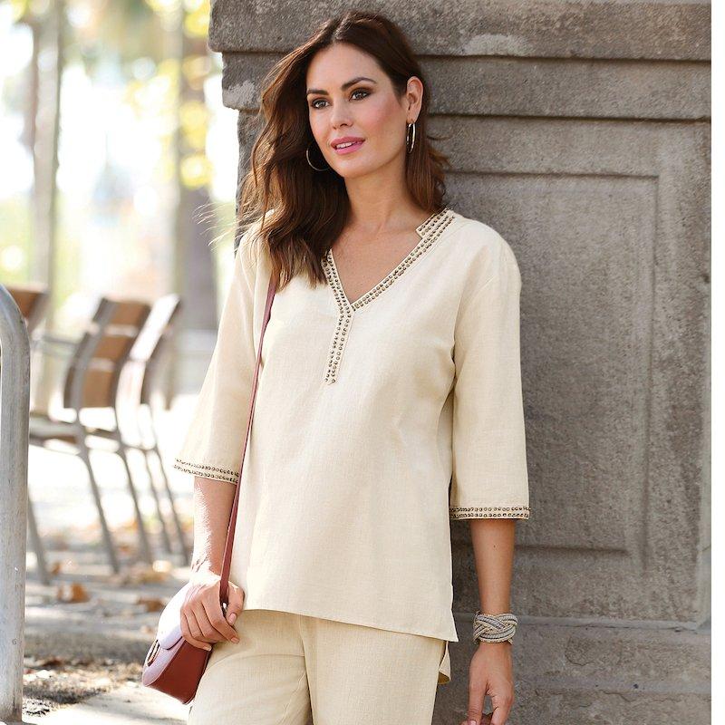 Blusa largo asimétrico con detalles de fantasía - Beige