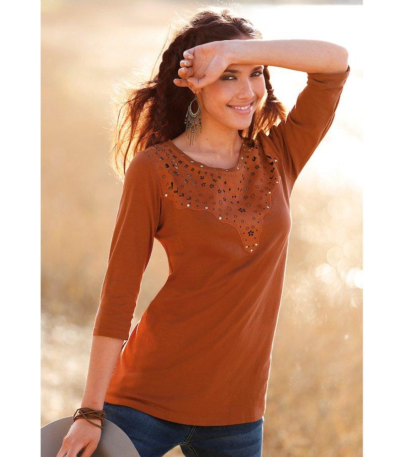 Camiseta mujer con antelina troquelada