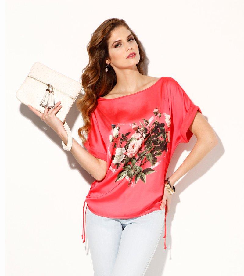 Camiseta mujer manga corta estampada con fruncido