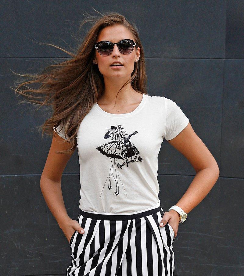 Camiseta mujer manga corta lentejuelas y strass