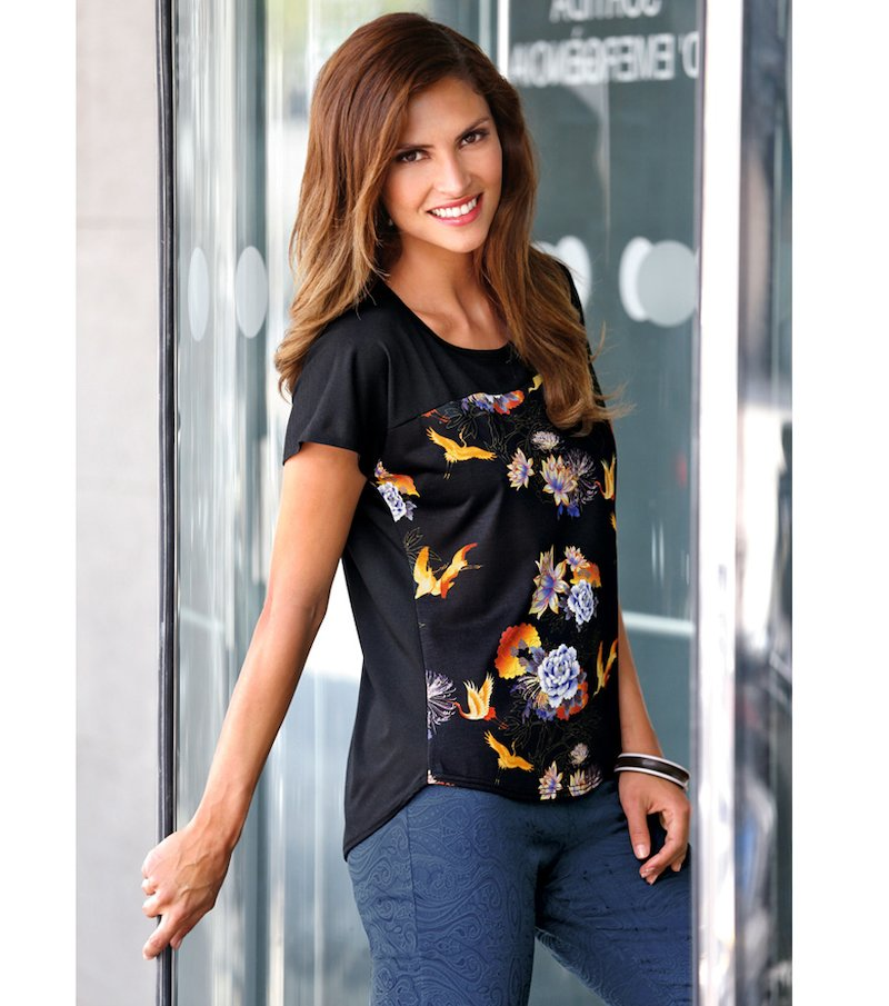 Camiseta manga corta flores de mujer