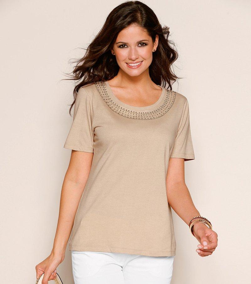 Camiseta mujer manga corta aplicaciones en escote