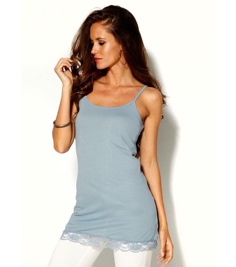 Camiseta mujer de tirantes con blonda