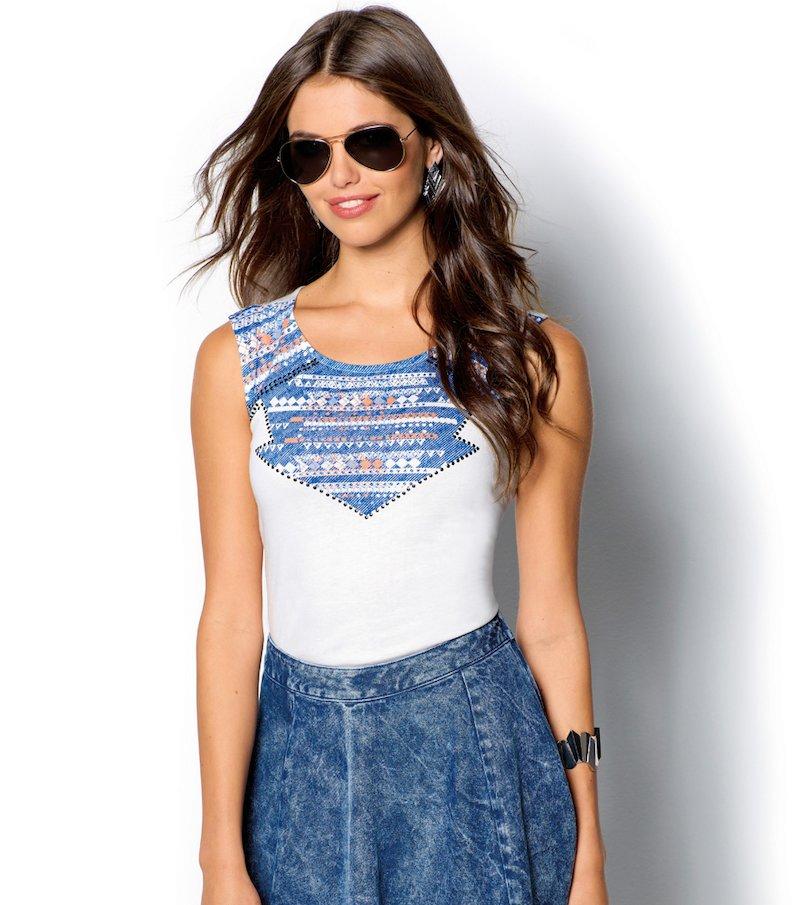 Camiseta mujer sin mangas estampado étnico crudo