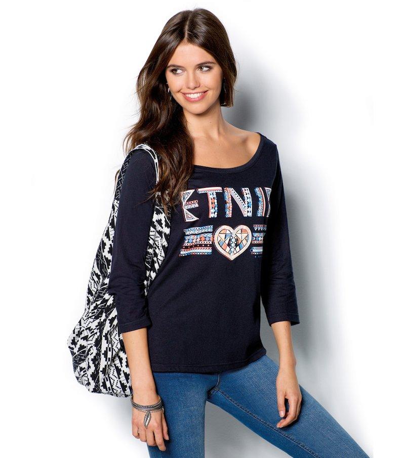 Camiseta mujer manga 3/4 con estampado étnico