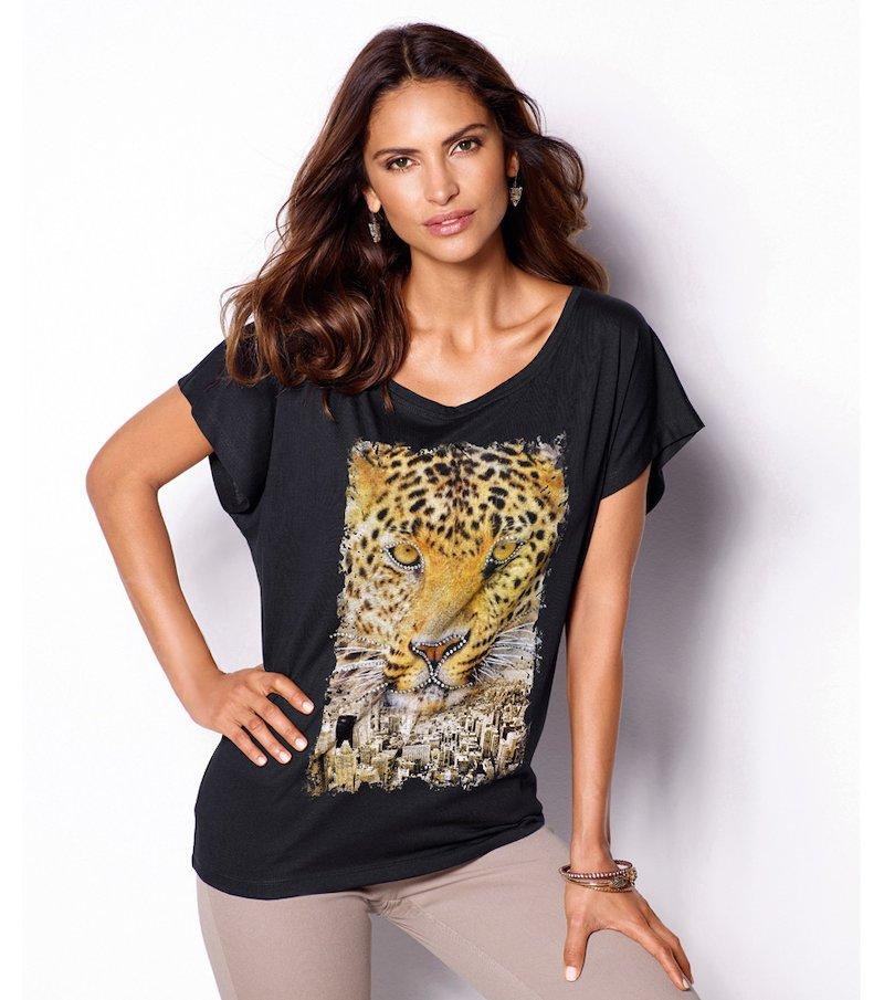 Camiseta mujer escote redondo con strass