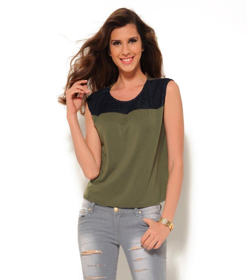 Camiseta mujer sin mangas con canesú a contraste