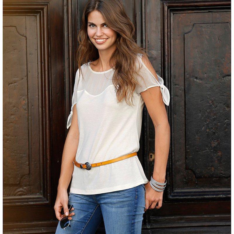 Camiseta mujer con transparencias y manga con nudo