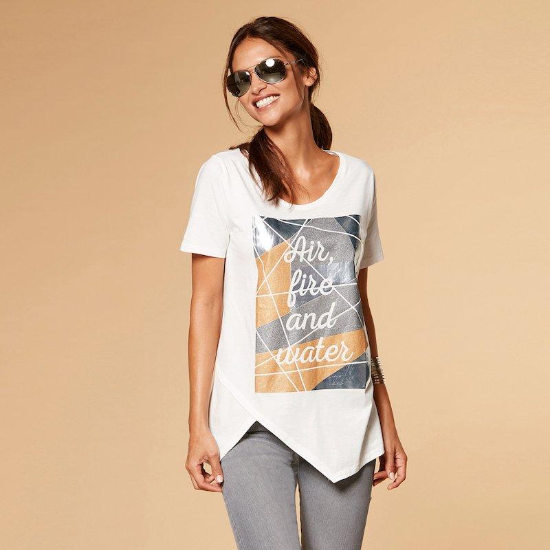 Camiseta mujer asimétrica con estampado metalizado