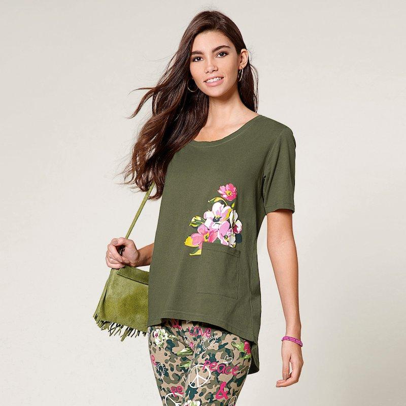 Camiseta mujer manga corta con bolsillo flores