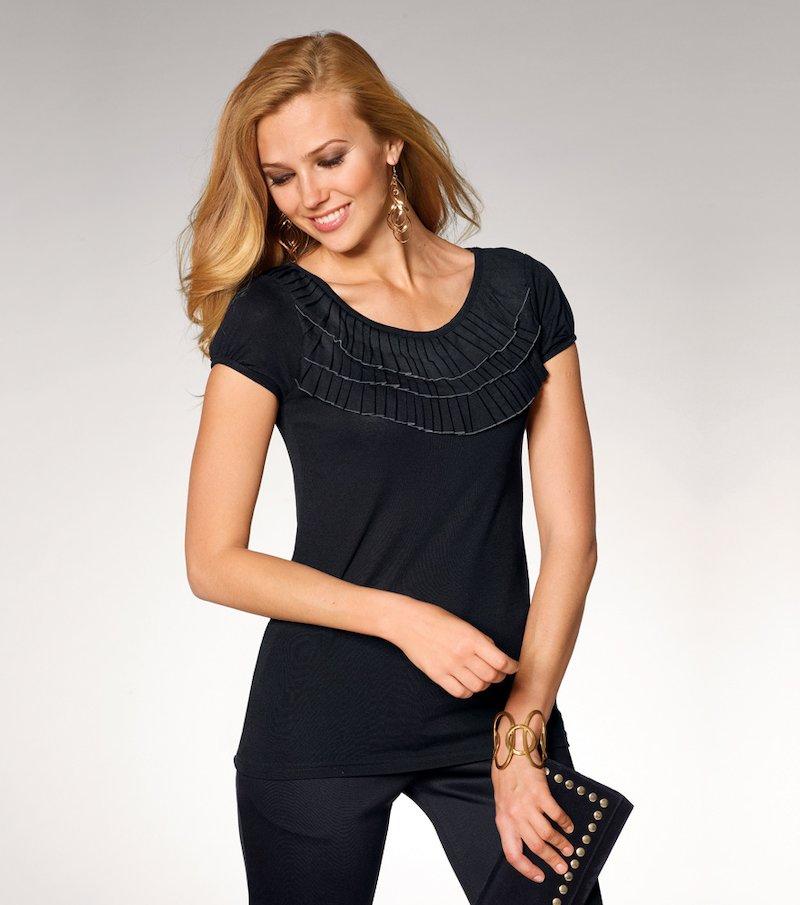 Camiseta mujer manga corta con detalles plisados