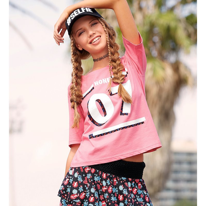 Camiseta mujer manga corta con estampado numérico