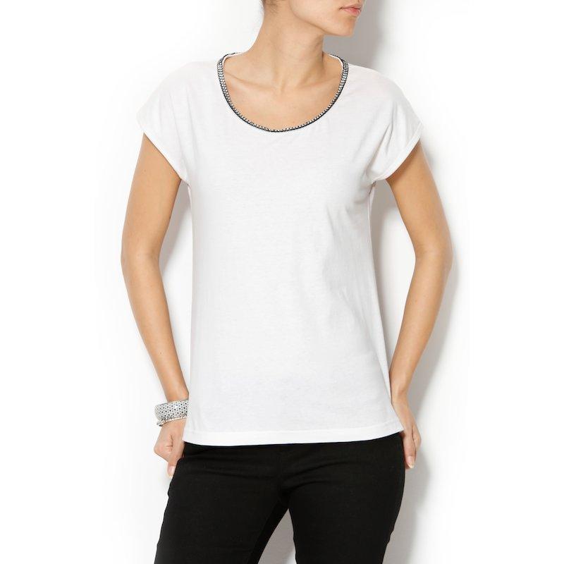 Camiseta mujer manga corta con strass en el escote