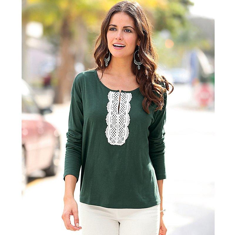 Camiseta de mujer con pieza de guipur a contraste
