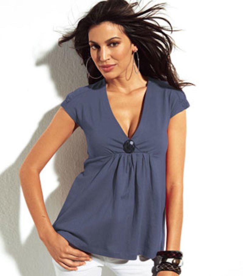Camiseta mujer escote V con faldon algodón