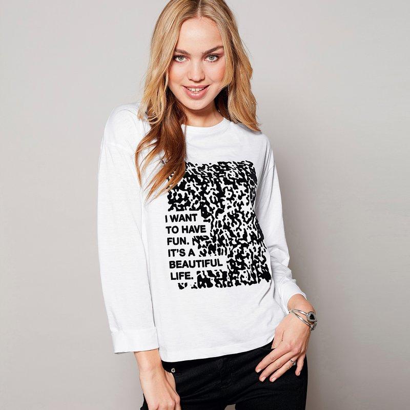 Camiseta urbana mujer con estampado de algodón