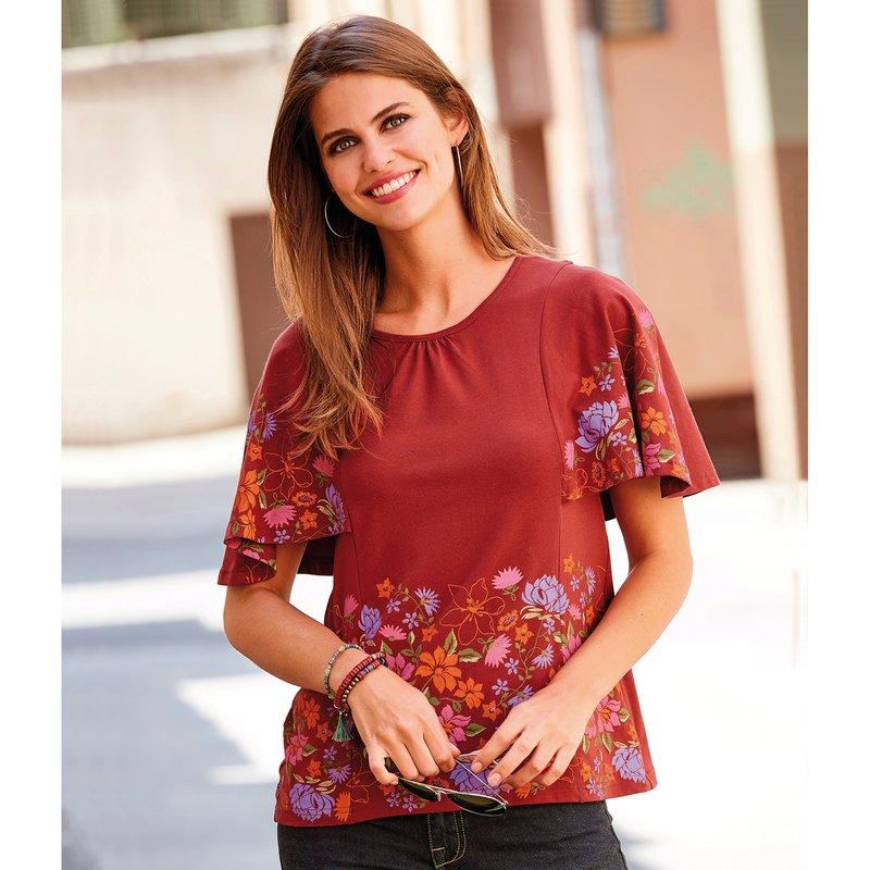 Camiseta de señora con manga capa y bajo floreados