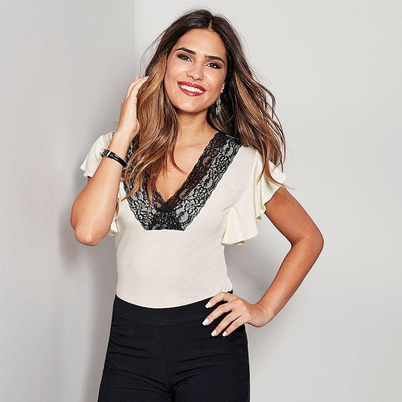 Camiseta mujer de vestir manga corta con blonda