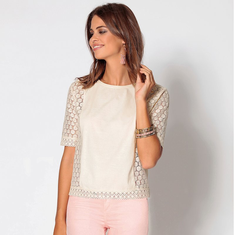 Camiseta de mujer manga corta con encaje