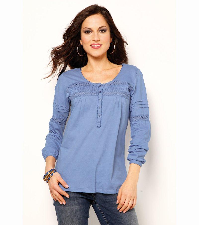 Camiseta mujer con puntilla y jaretas