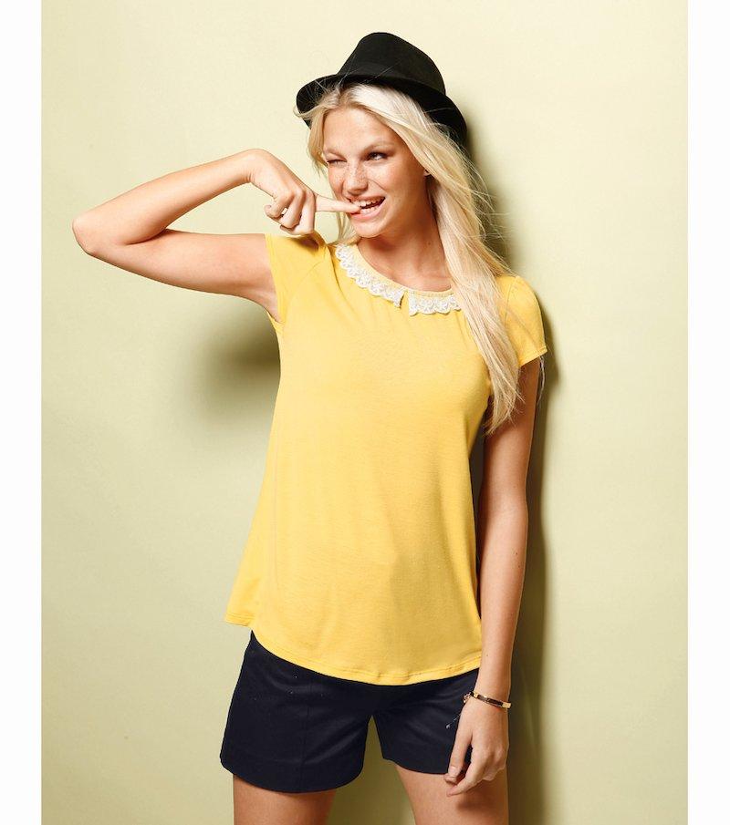 Camiseta mujer manga corta cuello guipur - Amarillo