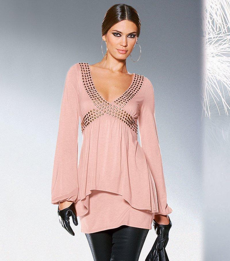 Camiseta mujer de efecto doble con tachuelas