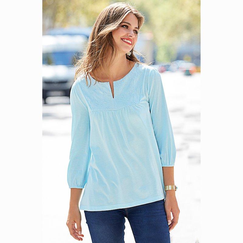 Camiseta de mujer escote caftán y canesú bordado - Azul