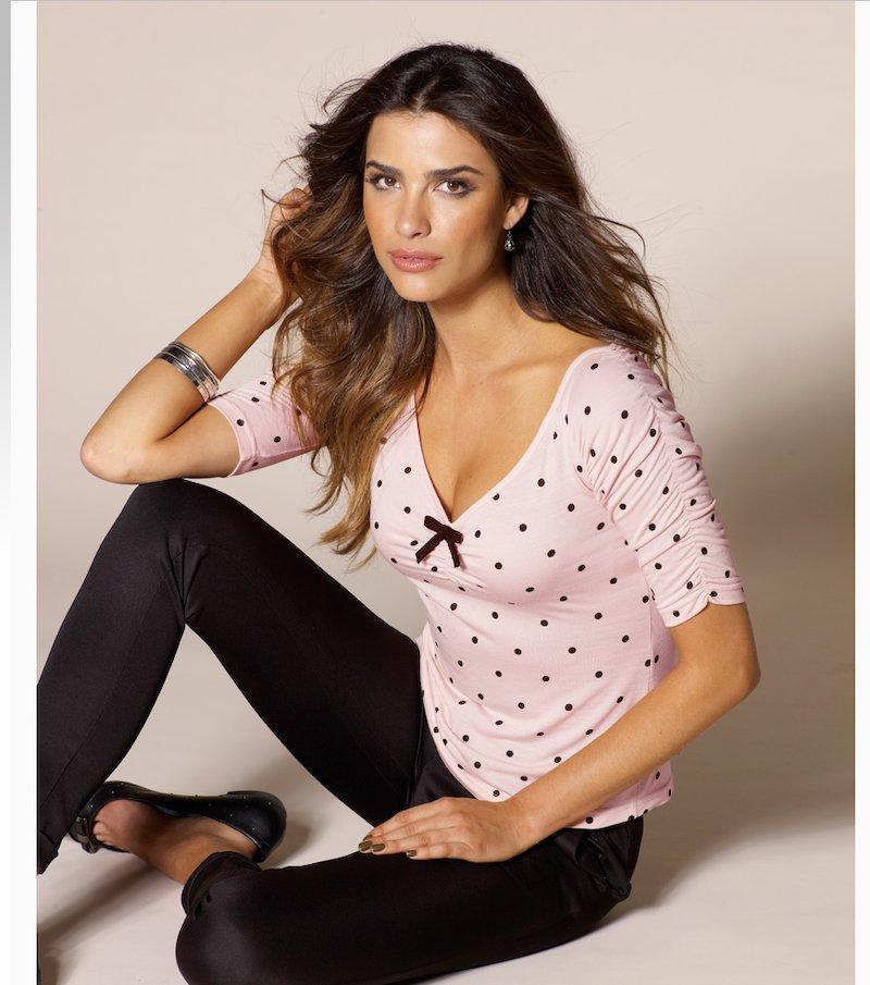 Camiseta mujer manga corta fruncida con lazo