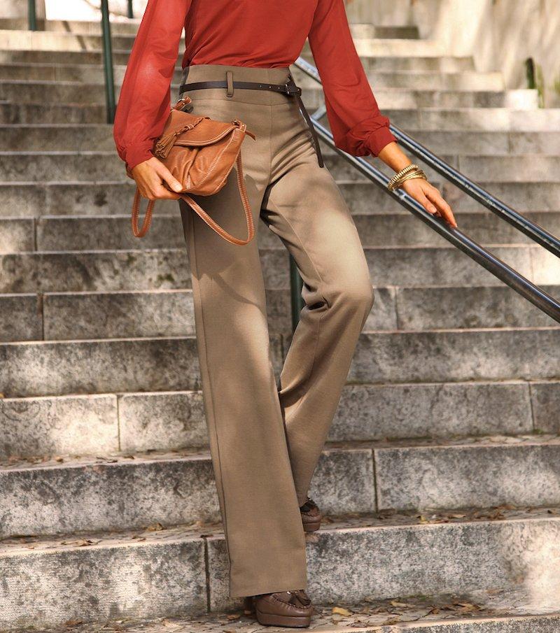 Pantalón mujer de punto tiro alto con cinturón - Beige