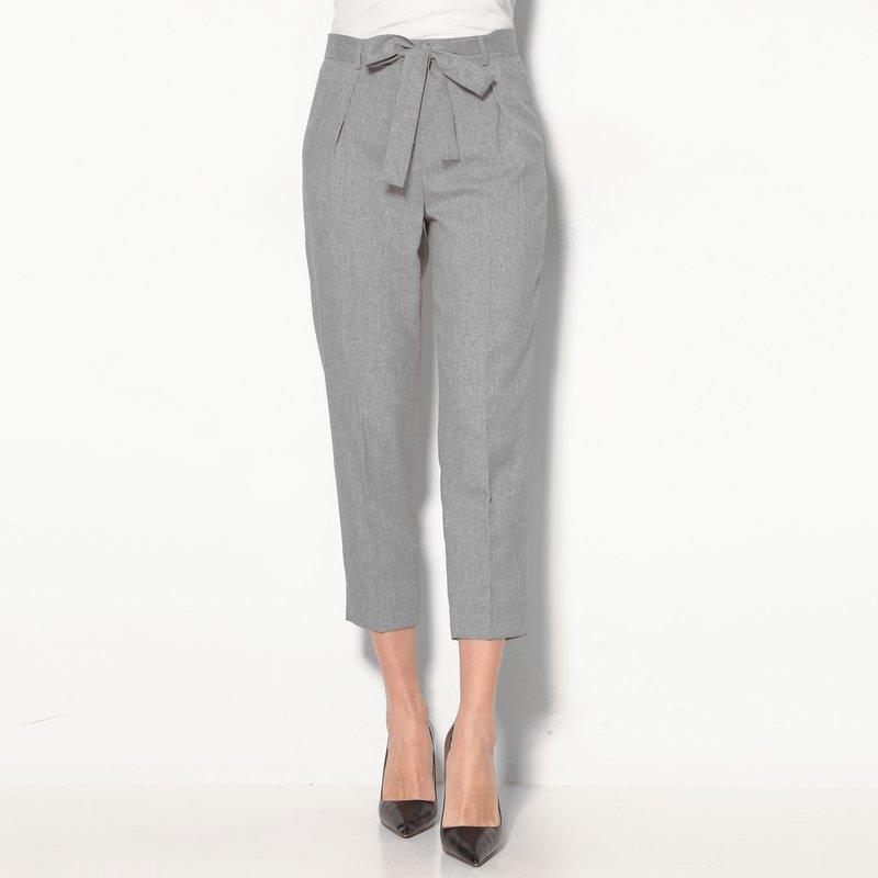 Pantalón tobillero mujer con cinturón efecto vigoré