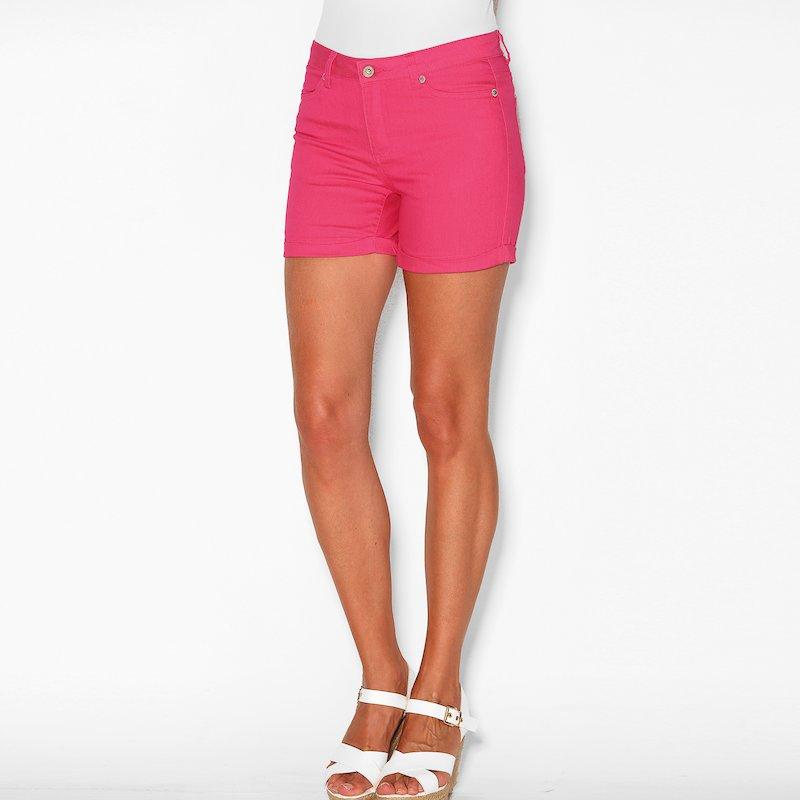 Pantalón short con vuelta tiro medio elástico