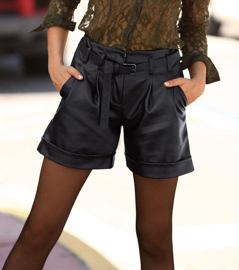 Pantalón bermuda mujer símil piel