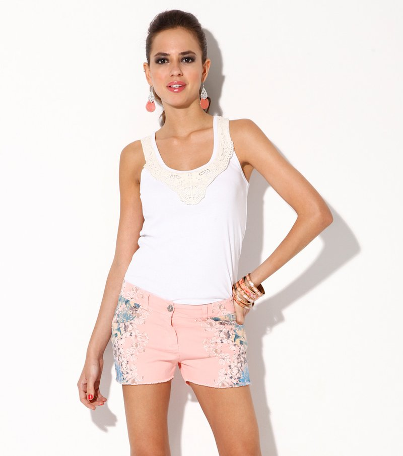 Pantalón short mujer elástico floral posicional
