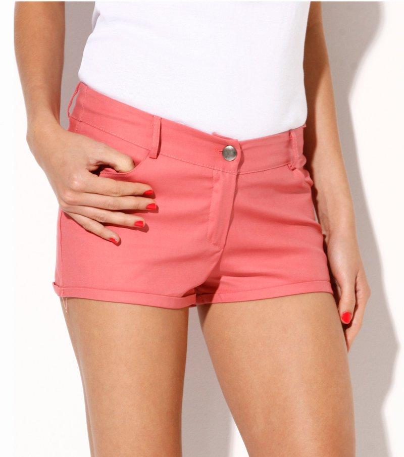 Pantalón short mujer en adaptable tejido elástico