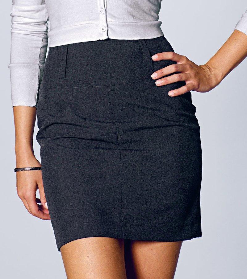 Falda corta mujer tejido biextensible con pinzas
