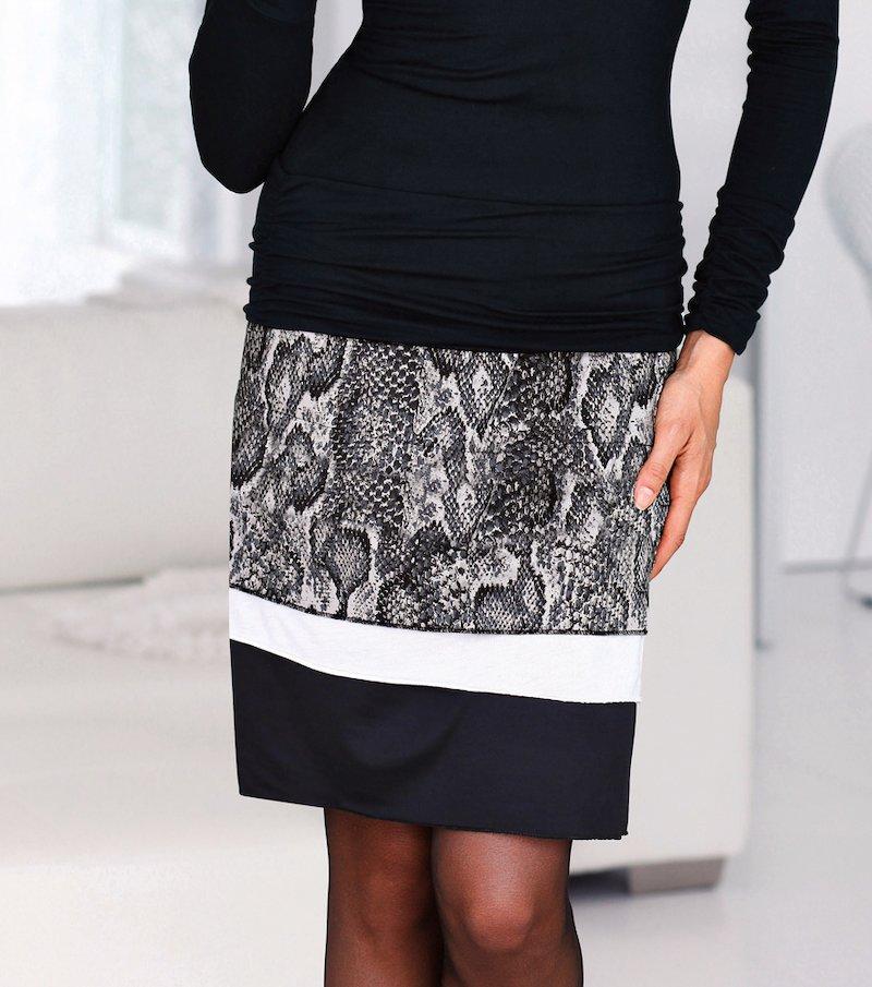 Falda mujer con paneles estampados