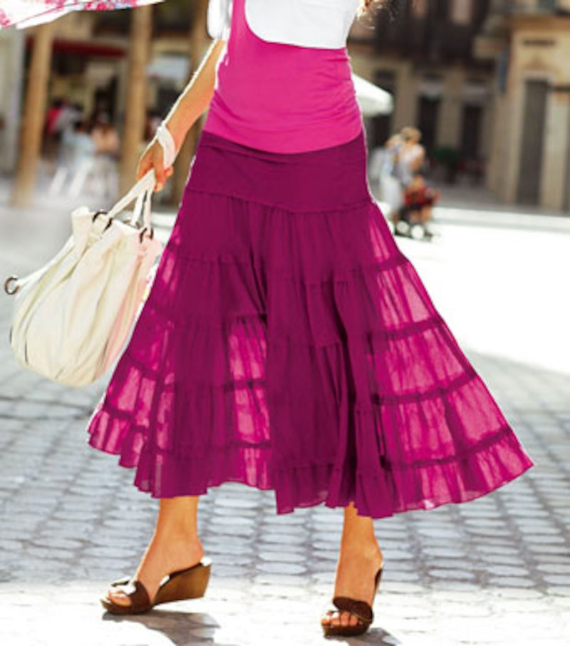 Falda larga con paneles fruncidos de algodón
