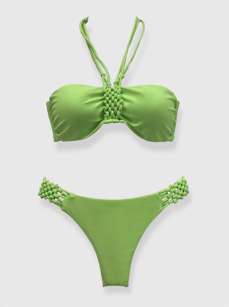 Bikini bandeau con relleno y macramé