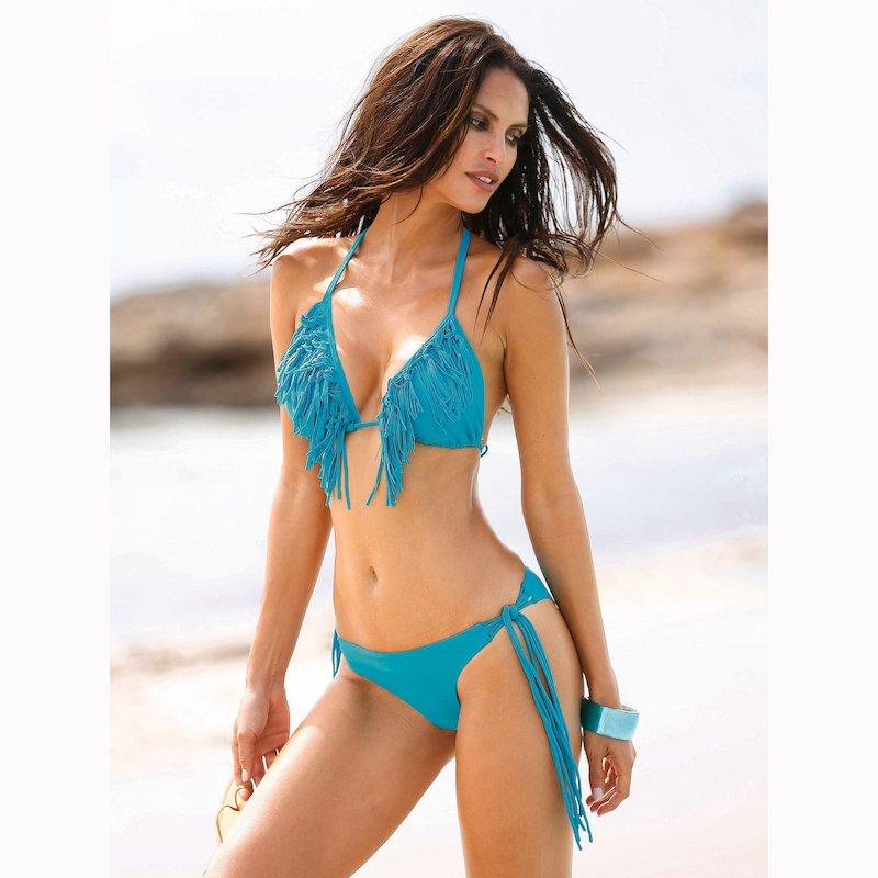 Bikini de largos flecos braga brasileña