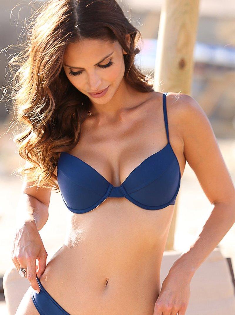 Sujetador de bikini con aros y relleno