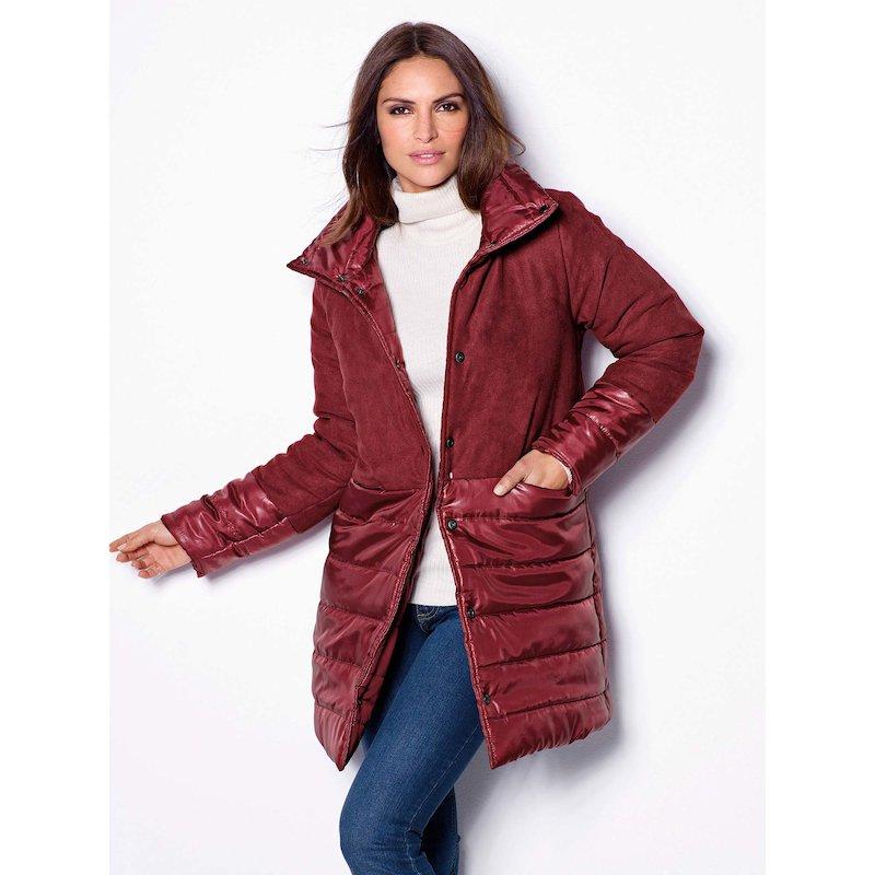 Abrigo diseño reversible de mujer acolchado