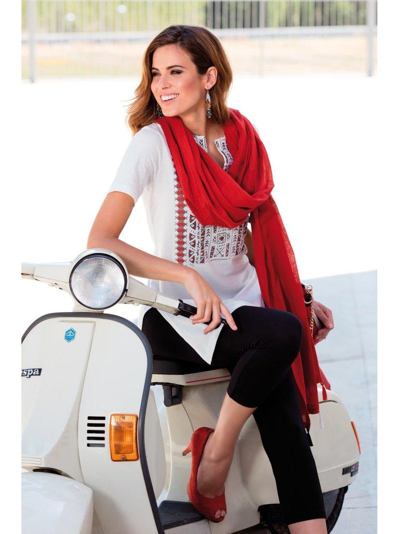Conjunto 3 piezas camiseta larga legging y foulard