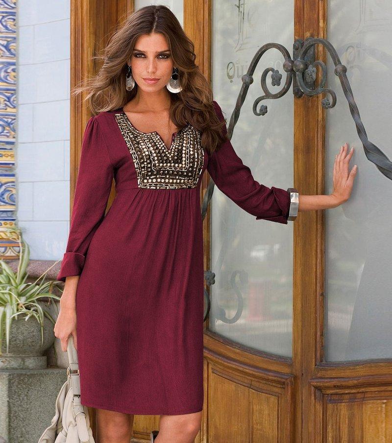 Vestido mujer manga larga y aplicaciones metálicas