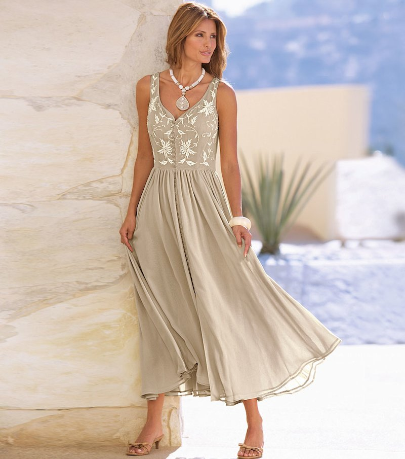 Vestido largo mujer sin mangas con bordado