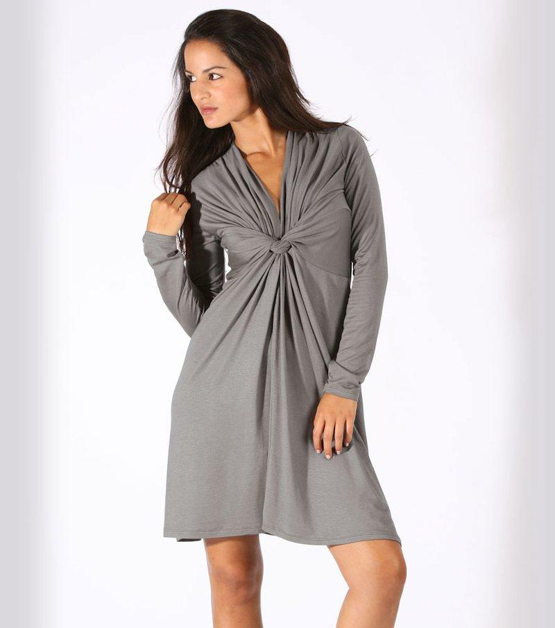 Vestido mujer con escote V